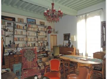 Bel appartement dans Cluny intramuros
