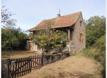 Between Cluny and Taizé, a fixer-upper in a remote spot